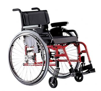 Quickie GP Swing Away Wheelchair